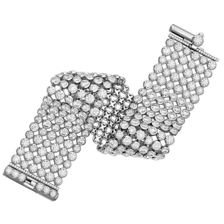 AERIAL DEW BEZEL手環,白K金鑲嵌鑽石總重約32.3克拉,500萬...