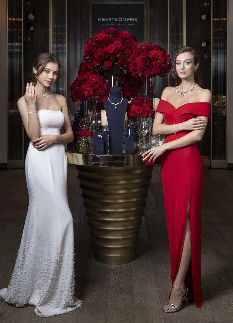 模特兒(左)配戴REPERTOIRE PREMIUM項鍊,138萬元;REPER...