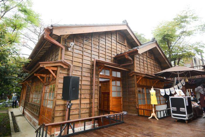「壢小故事森林」原本是日據時期的教職員宿舍,有百年歷史。