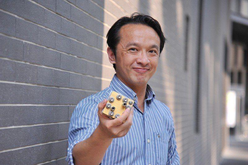 清華工科系教授陳燦耀研發出「原子級觸媒」,奠立下一代鹼性燃料電池的新里程碑。圖/清華大學提供