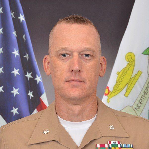 第一個駐台的美國陸戰隊軍官是一名上尉Scott McDonald ,中文譯名叫麥...