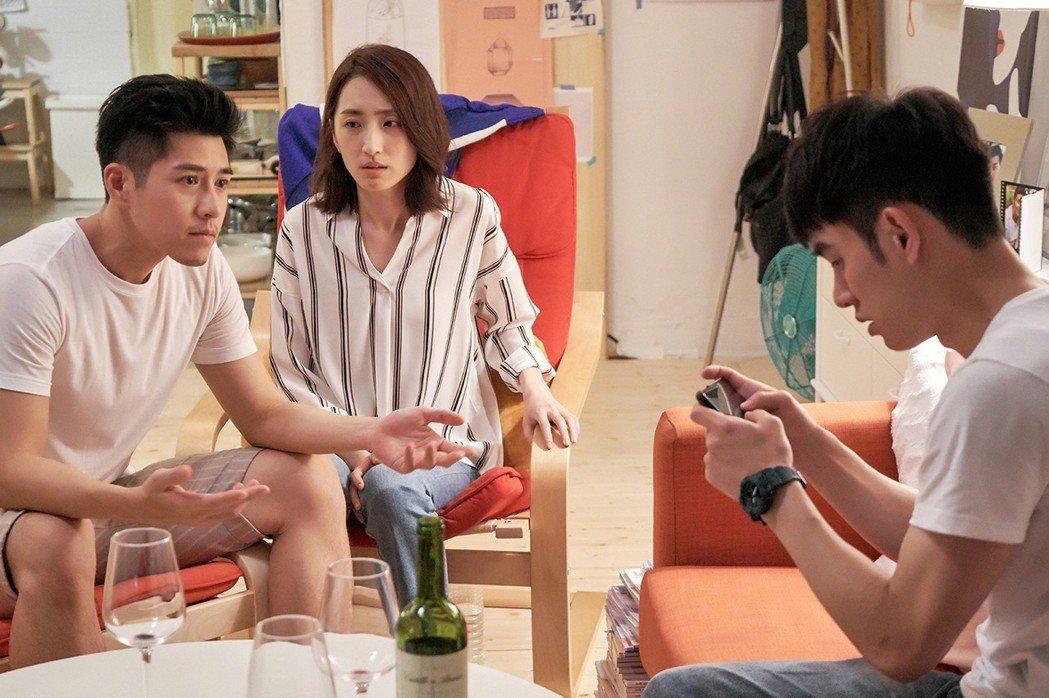 吳岳擎(左起)柯佳嬿、張書豪  圖/歐銻銻娛樂提供