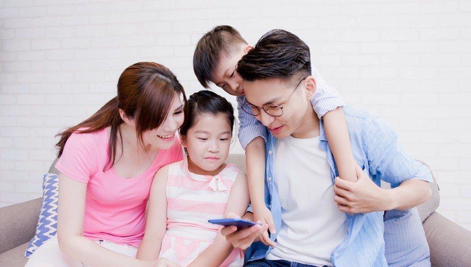 歡慶兒童節,台灣之星推「門號管理功能」輕鬆了解孩子使用狀況。圖/台灣之星提供