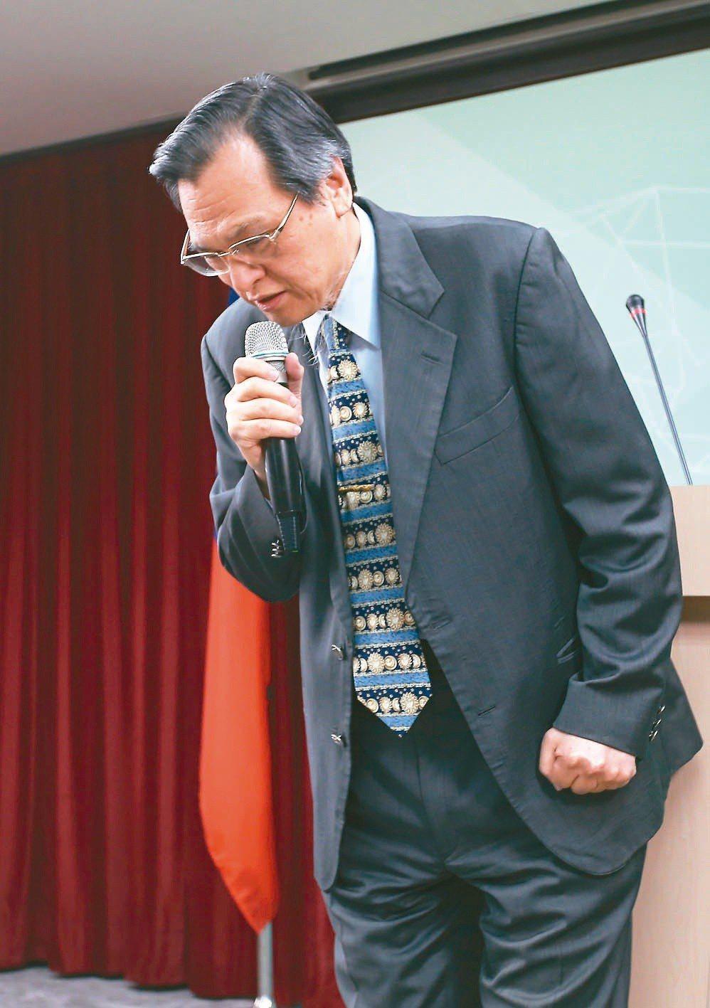 陸委會主委陳明通日前為其失言風波公開道歉。 本報系資料庫