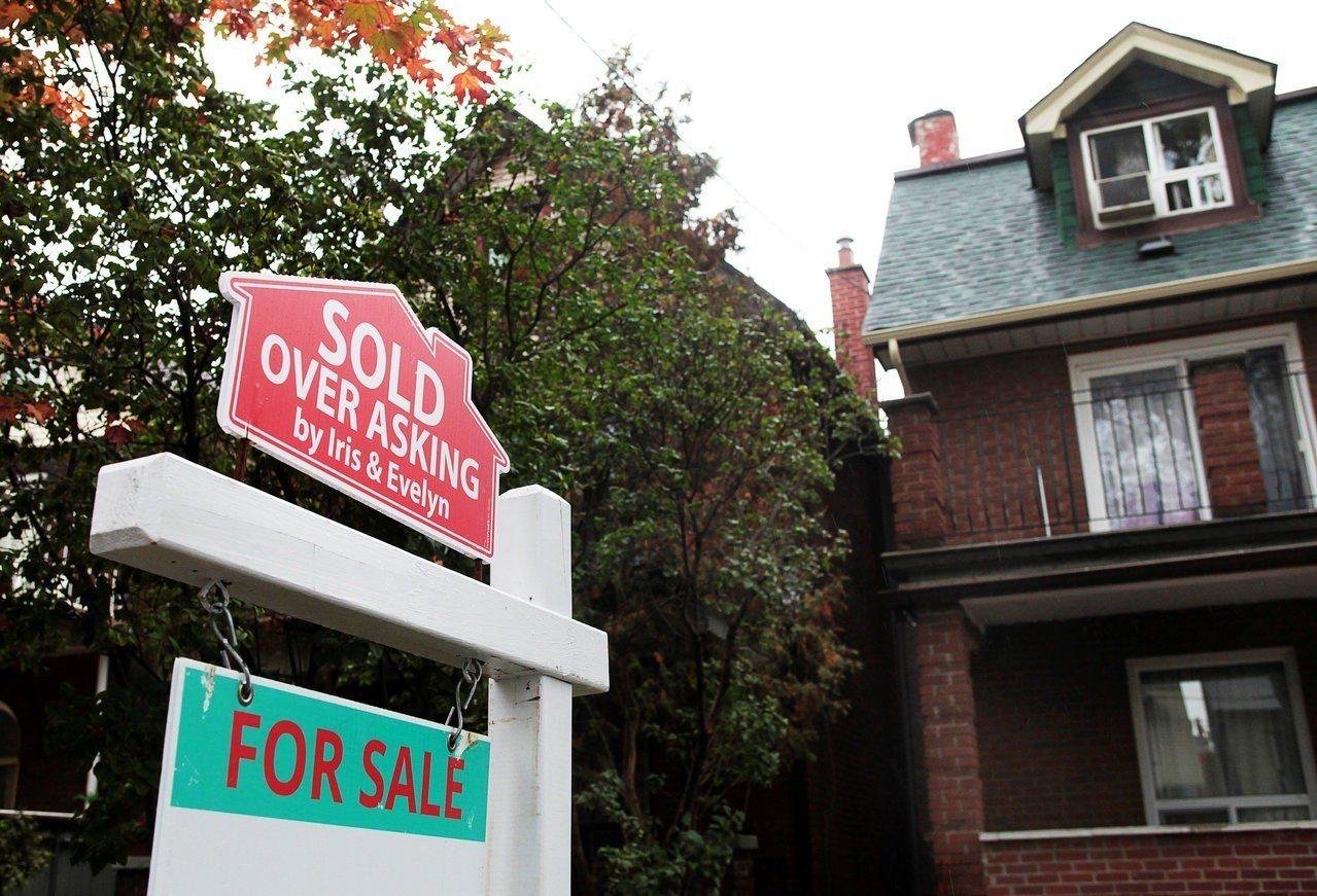 萊坊指出,全球32個主要城市實質房價過去五年平均上漲24%,但實質薪資僅成長8%...