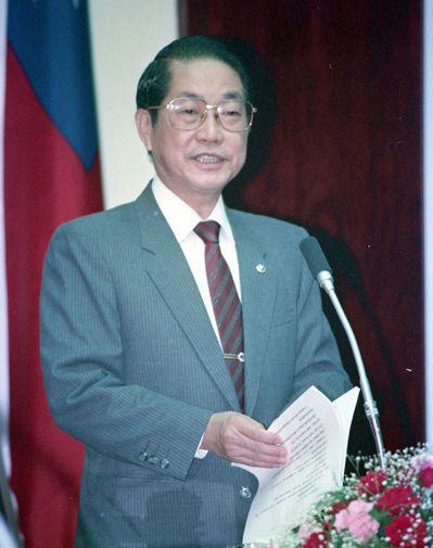 1989年,當時的法務部長蕭天讚因關說案下台。 圖/聯合報系資料照片