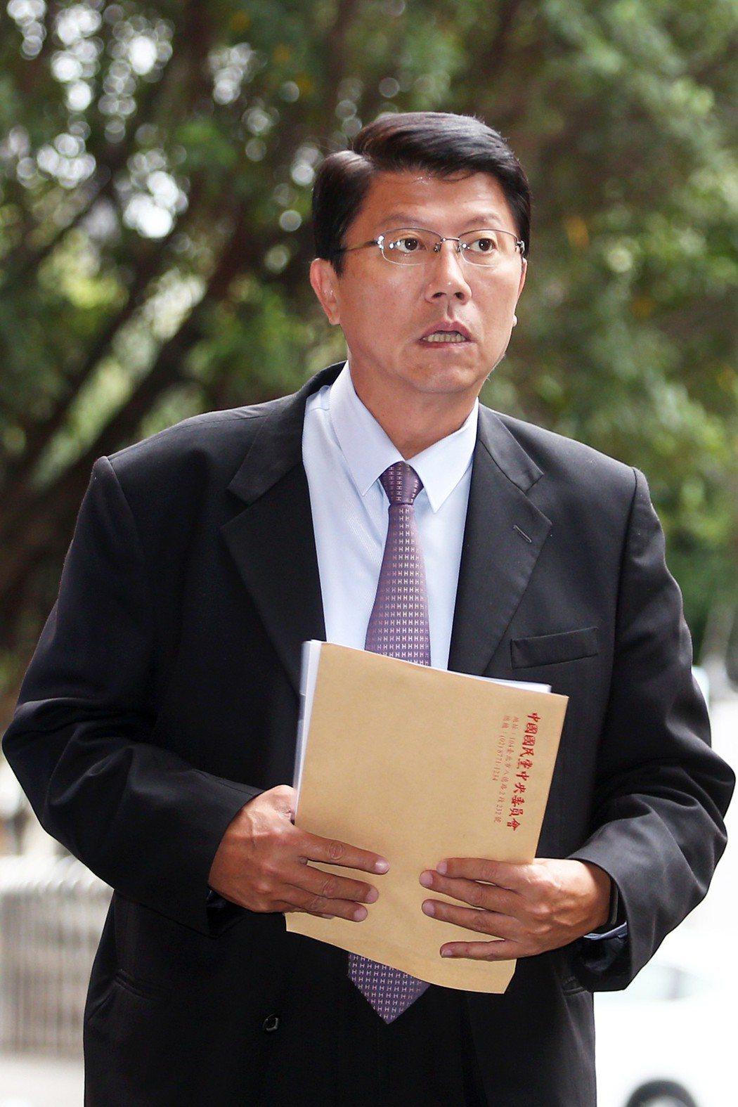 國民黨台南市議員謝龍介面對槍擊恐嚇,回嗆「隨時可以來,我沒在怕。」圖/聯合報系資...