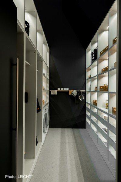 當代的廚具設計,LEICHT能讓廚房與起居室設計,相互呼應。圖/弘第提供 劉小川
