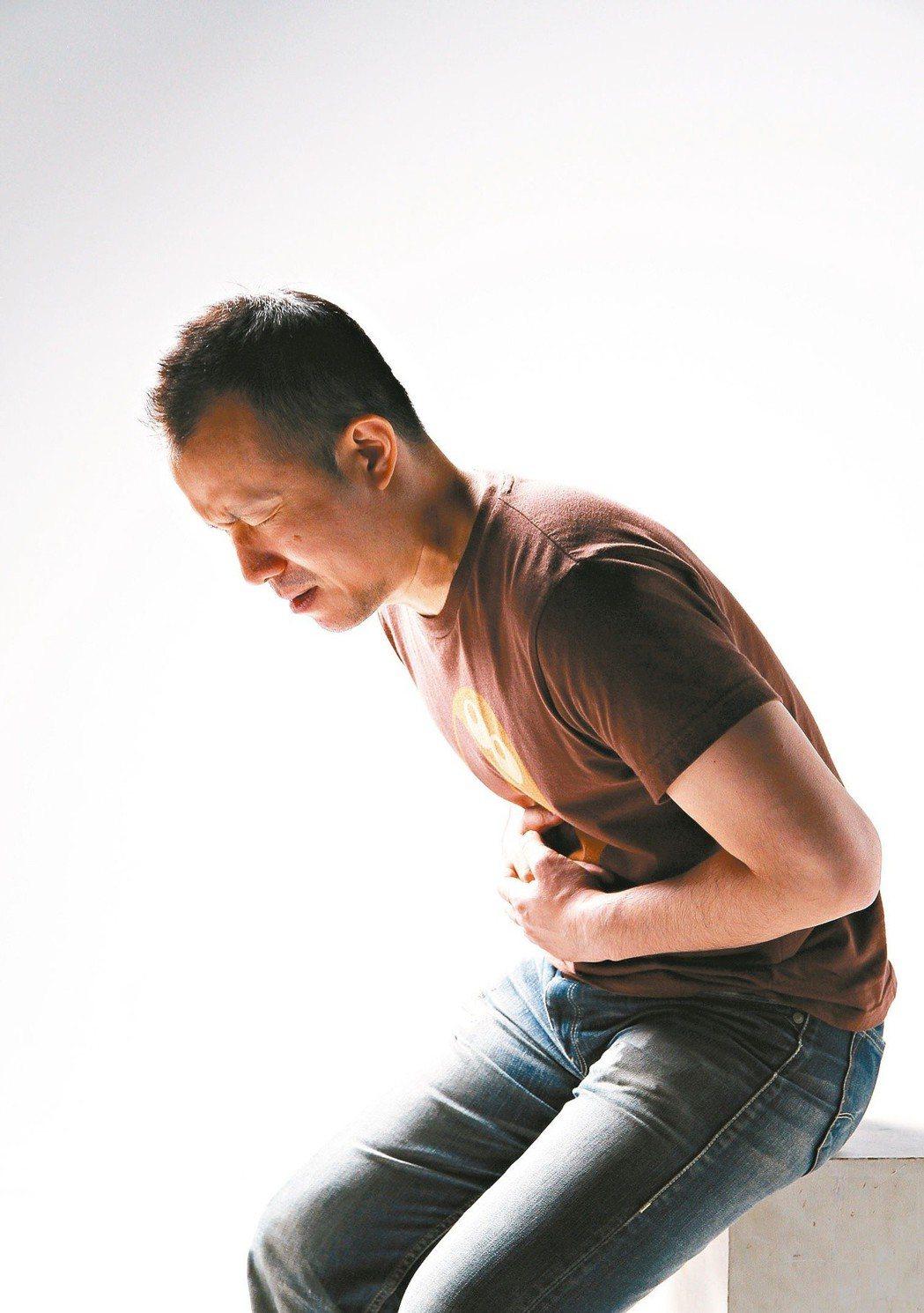 坊間流傳,如果接受糞便潛血檢查,結果異常,再篩一次就沒事了。衛福部國健署指出,民...