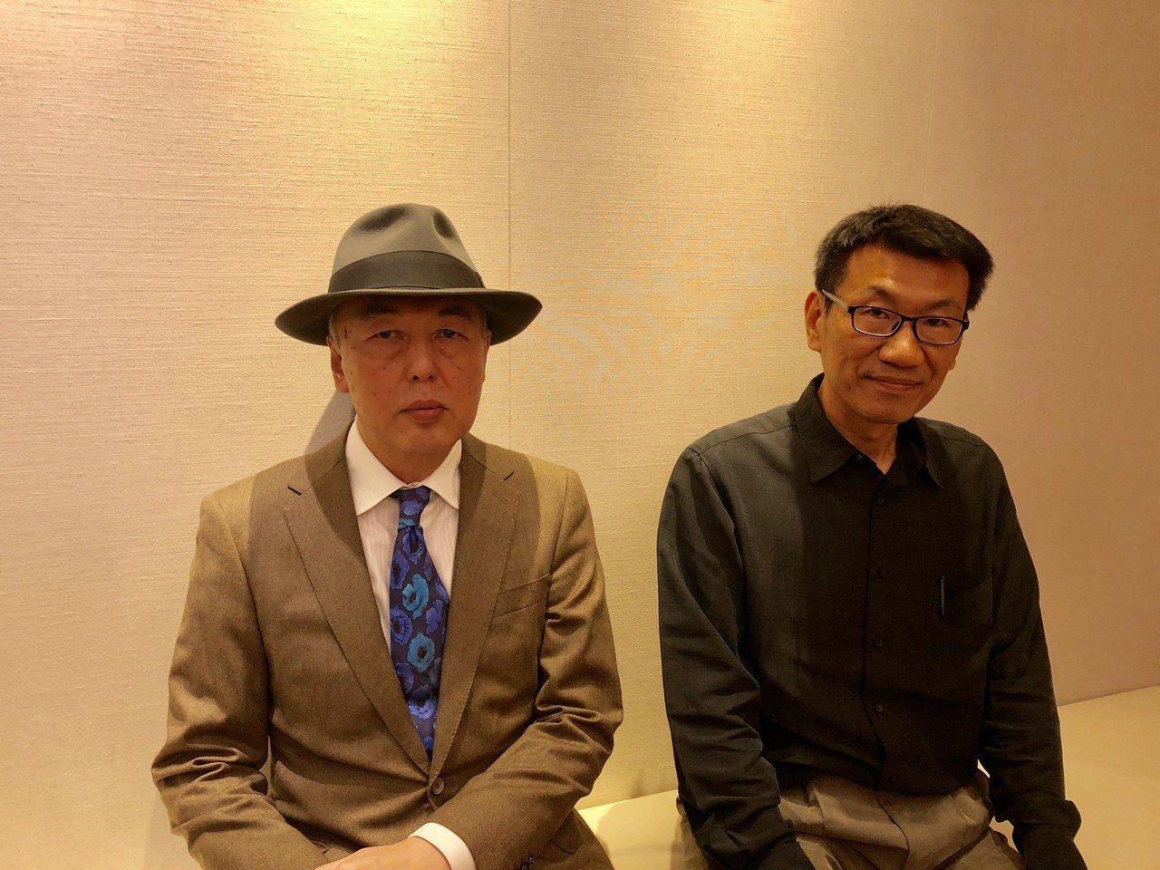 日本和台灣分別推動哲學大眾化的作家白取春彥(左)和華梵大學哲學系教授冀劍制,近來...