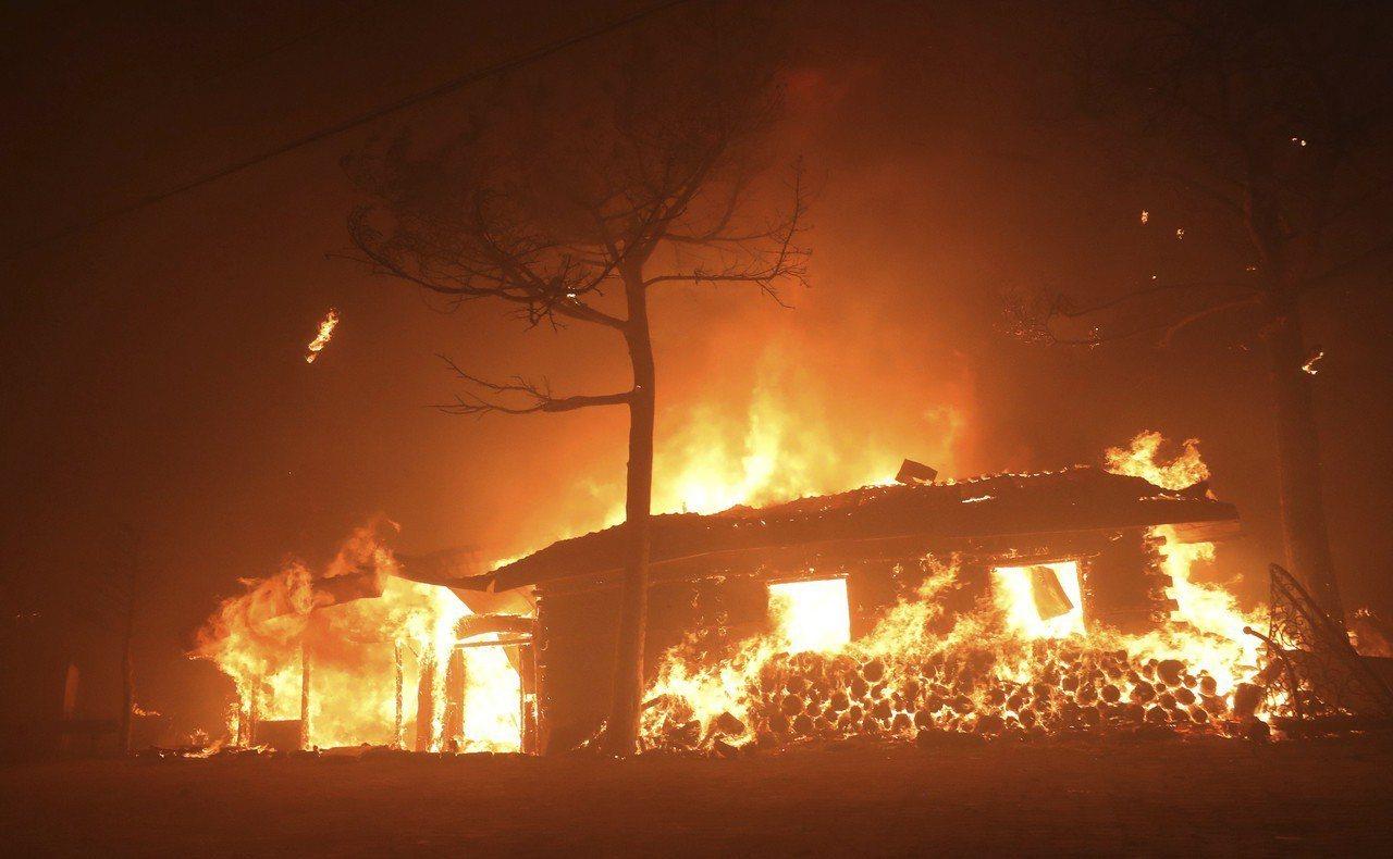 南韓政府今天上午宣布東北部江原道森林大火為「國家災難」,災區範圍包括江原道高城郡...