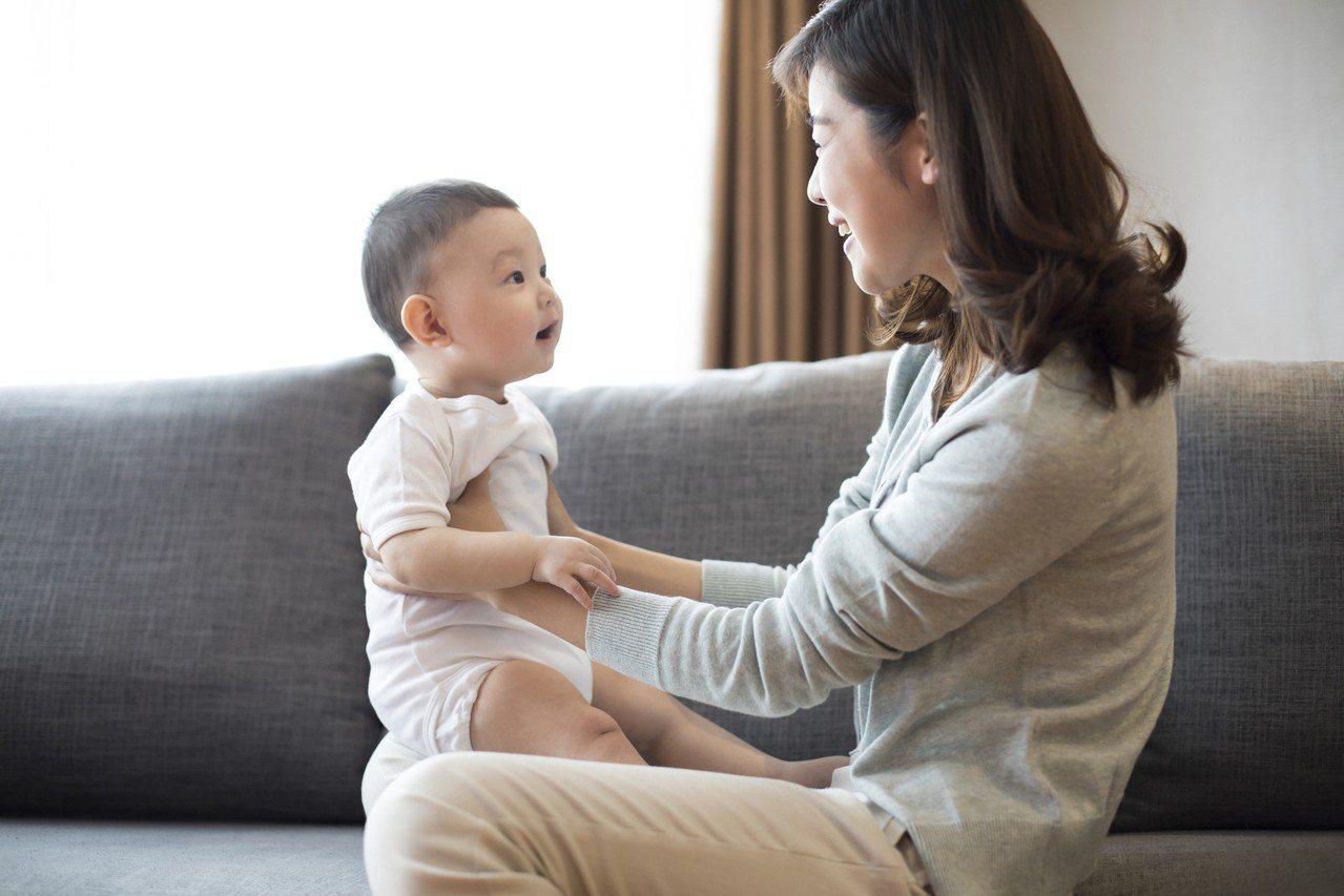 台灣少子化每個小孩都是父母的心頭寶,在兒童節之際,補齊保障才是送給孩子最珍貴的兒...