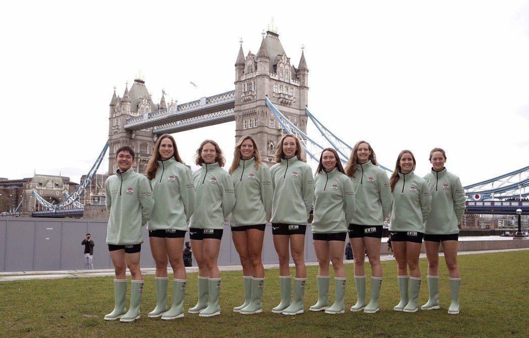 英國劍橋大學的划船隊很有名,但划船在美國大學不是熱門運動。(美聯社)