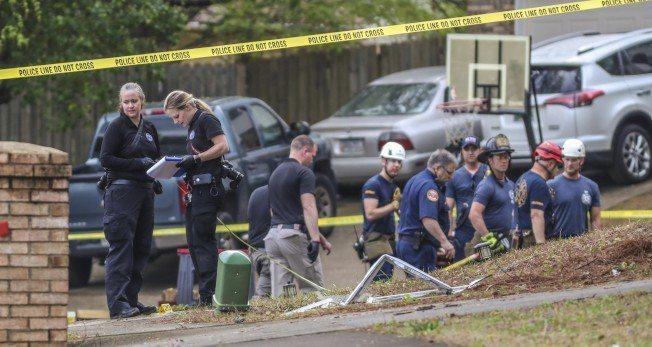 喬治亞州4日發生槍手與警察對峙交火案,槍手與警方對峙15個小時,槍殺了一名16歲...