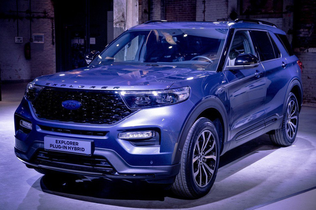 全新Ford Explorer Plug-in Hybrid擁有444hp的綜效...