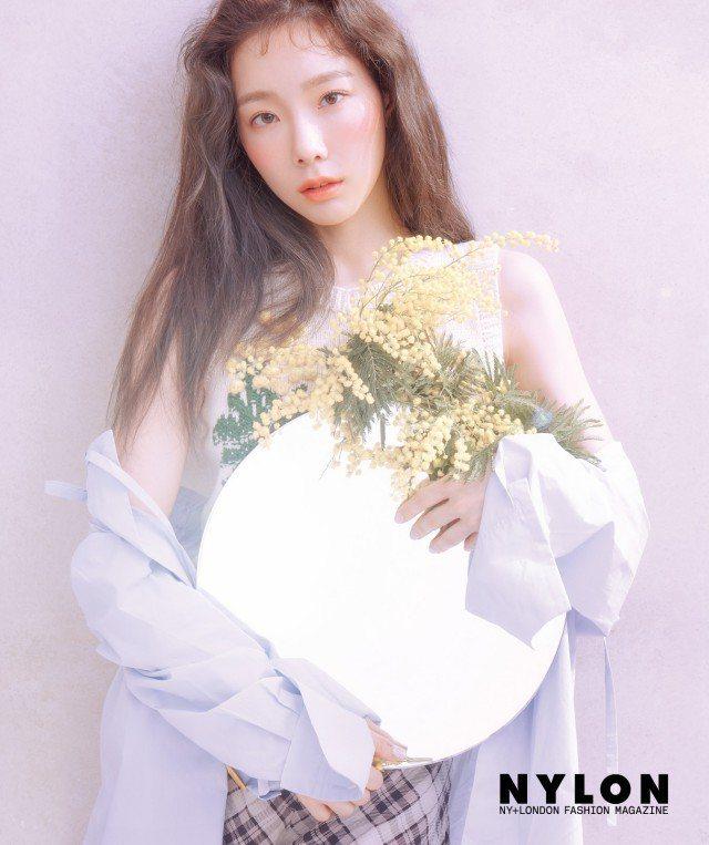 太妍穿著Sonia Rykiel立體針織背心拍攝《NYLON》雜誌飄仙氣。圖/取...