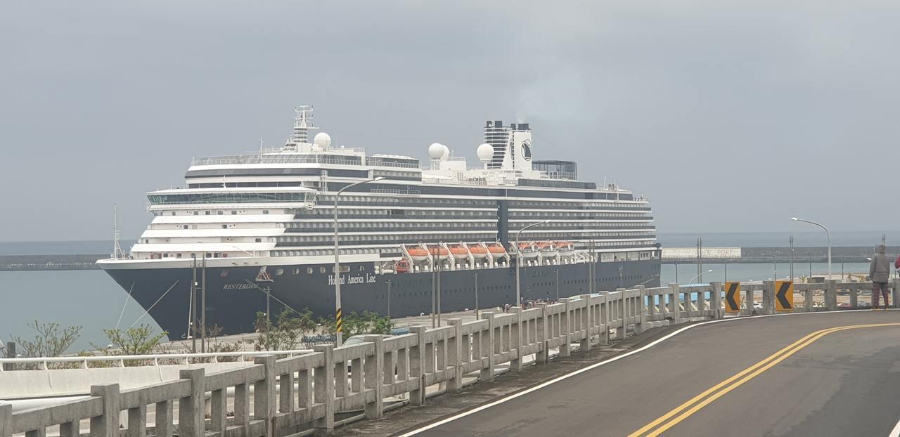 威士特丹號上月首泊花蓮港。圖/台灣港務公司提供