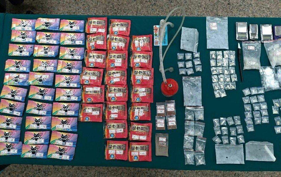 台南市永康中正北路越南小吃店一再違規還被搜出毒品。圖/警方提供