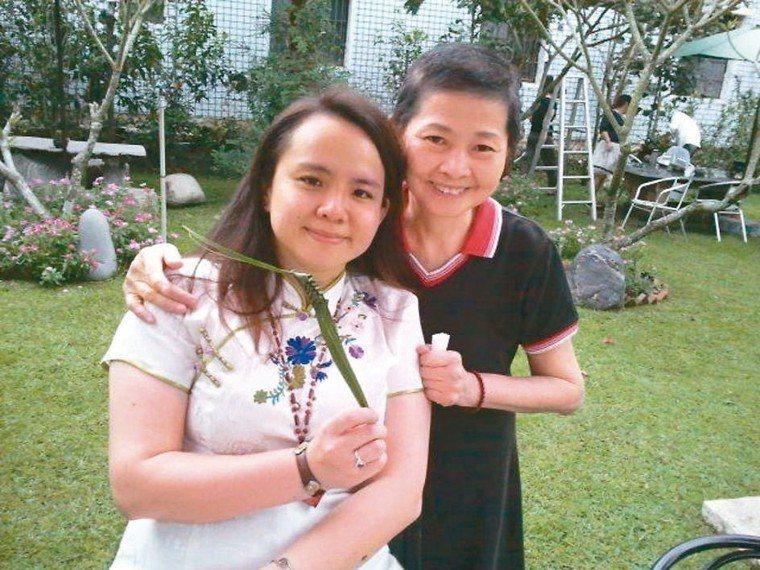 面對龐大的照顧壓力,孫孟琳(左)曾度過一段充滿罪惡感的歲月。 圖╱孫孟琳提供