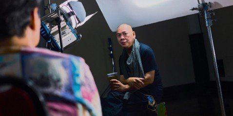 第一屆英國台灣影展邀請到導演蔡明亮,蔡明亮在接受英國媒體採訪時,常被問到台灣對他的意義,他表示,台灣給他自由的創作環境,讓他能不被市場綑綁,又能繼續生存。61歲的蔡明亮出生馬來西亞,高中後來到台灣,...