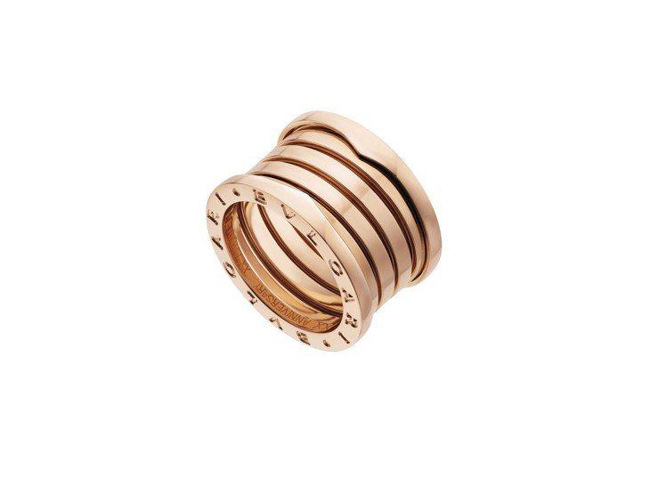 寶格麗B.zero1系列20週年紀念版玫瑰金五環戒指,約69,400元。圖/BV...