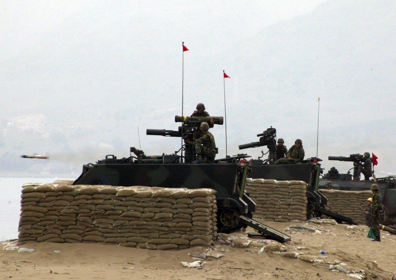 國軍M113拖式飛彈車。圖/軍聞社
