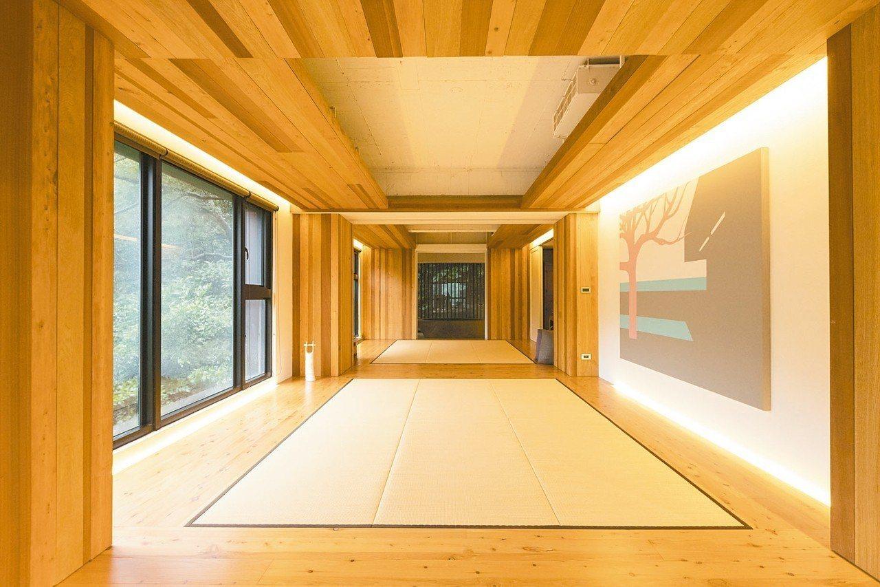 展望家中的和室向外延伸,是充滿自然感的浴室。 記者陳立凱/攝影