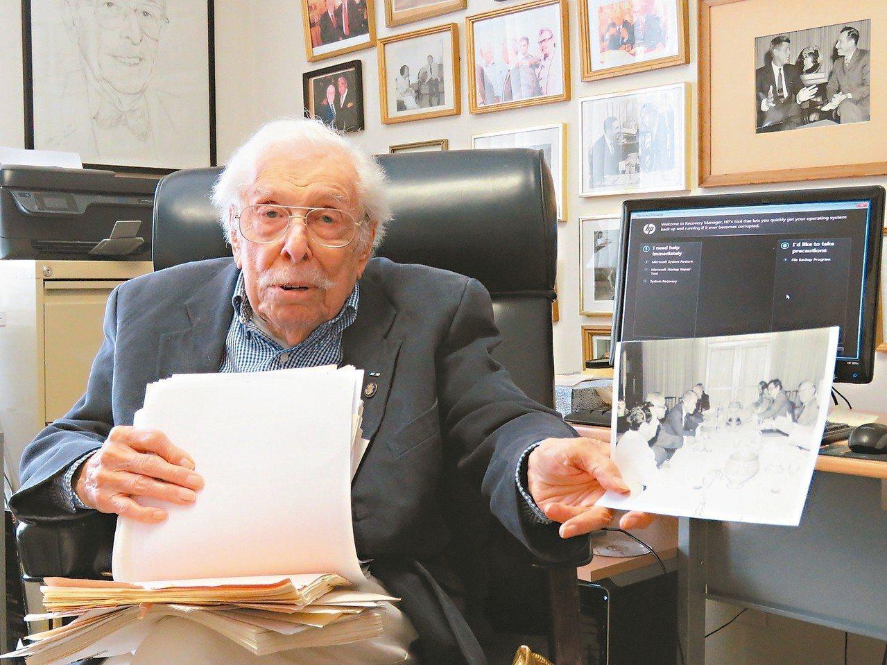 高齡百歲的前眾議員沃爾夫(Lester Wolff)。 聯合報系資料照/記者張加...