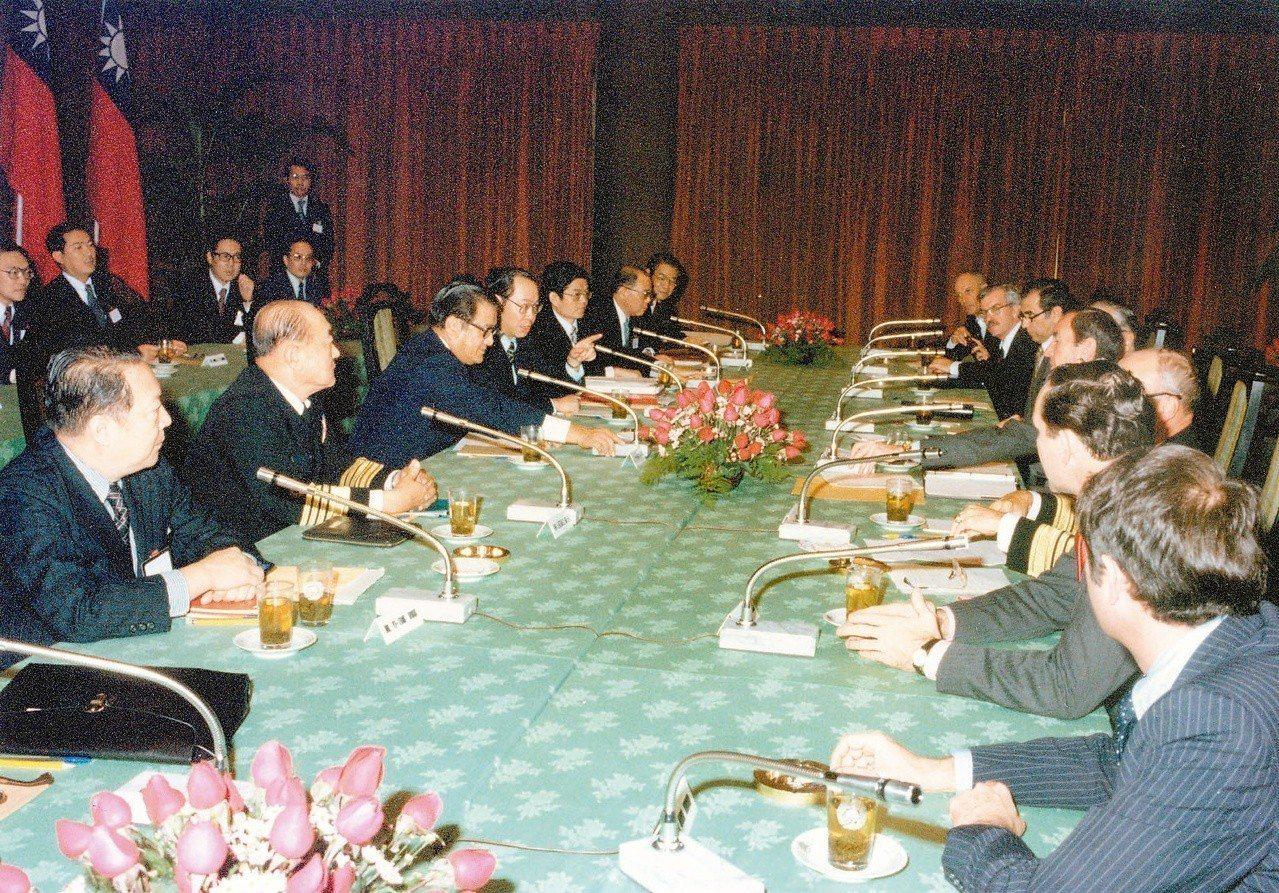1978年12月28日中美雙方就斷交之後之新關係在圓山飯店談判。圖/圓山飯店提供