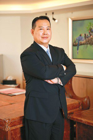 台中銀董事長王貴鋒