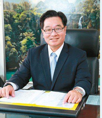 台中銀總經理賈德威