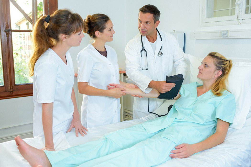 醫學生再要求任何學習機會前,必須自問是否完善準備?沒有把握的人便沒有資格上場。 ...