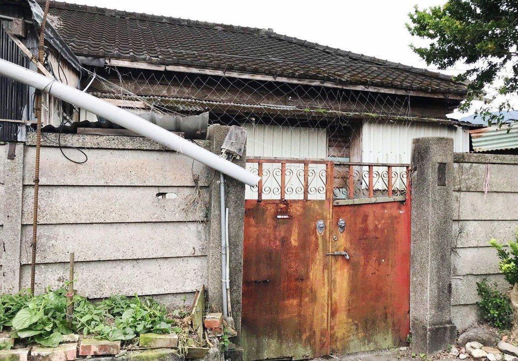 部分房舍仍保有日式屋瓦和原味。 記者王燕華/攝影