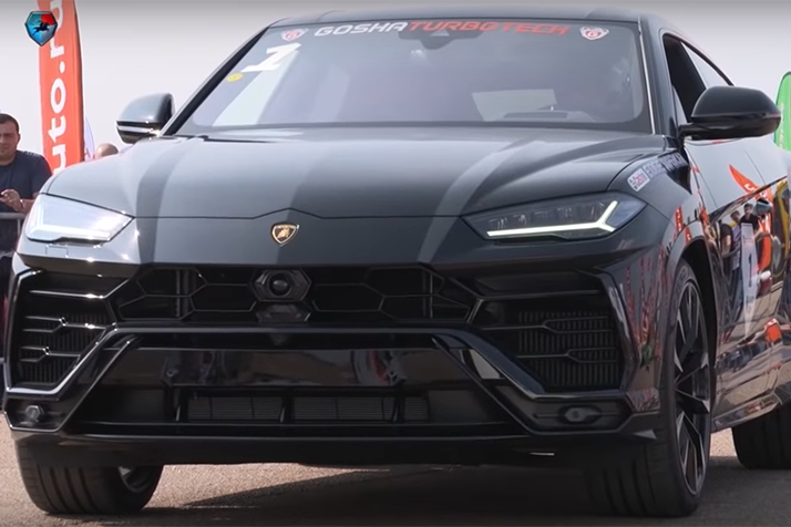 影/Lamborghini Urus終於碰到Porsche Cayenne了!頂級性能休旅之戰開打!
