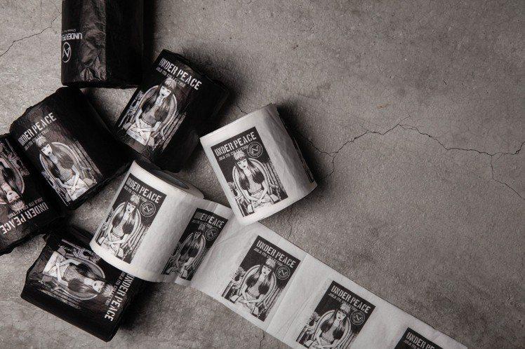 UNDER PEACE ×伊藤潤二聯名捲筒衛生紙,售價180元。圖/UNDER ...