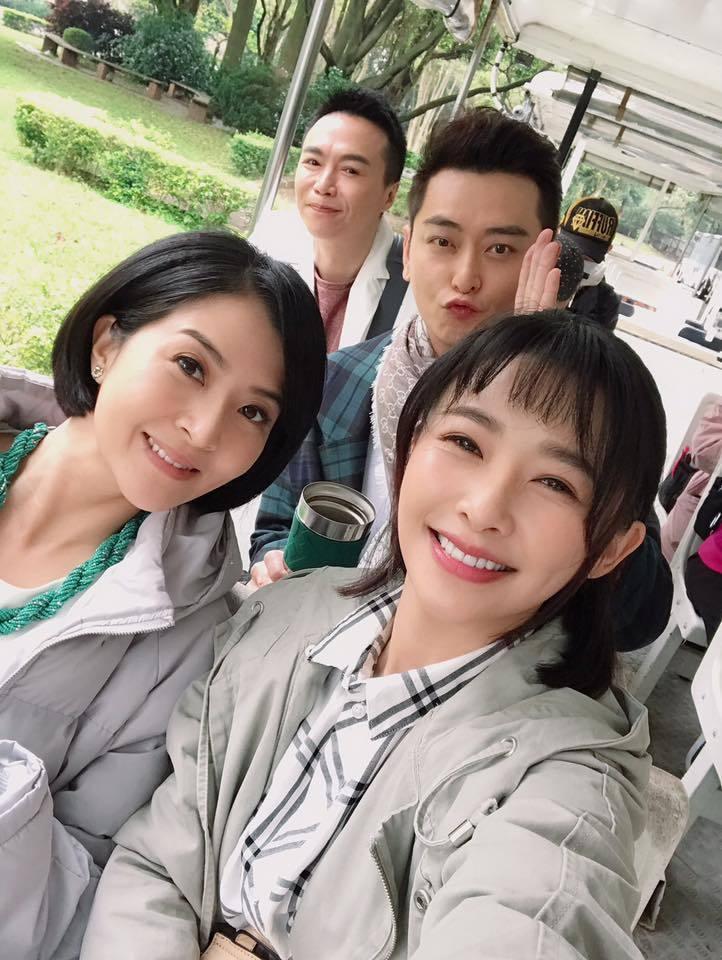 李亮瑾(左)演吳家大姊  圖/摘自臉書