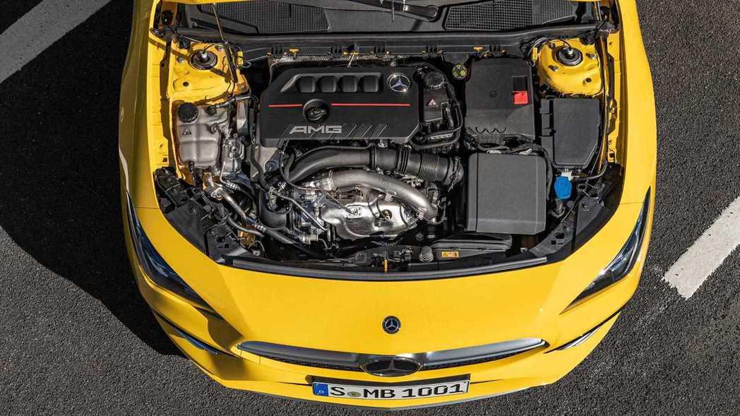 CLA 35同樣有著302hp/40.7kgm的動力輸出。 摘自Mercedes