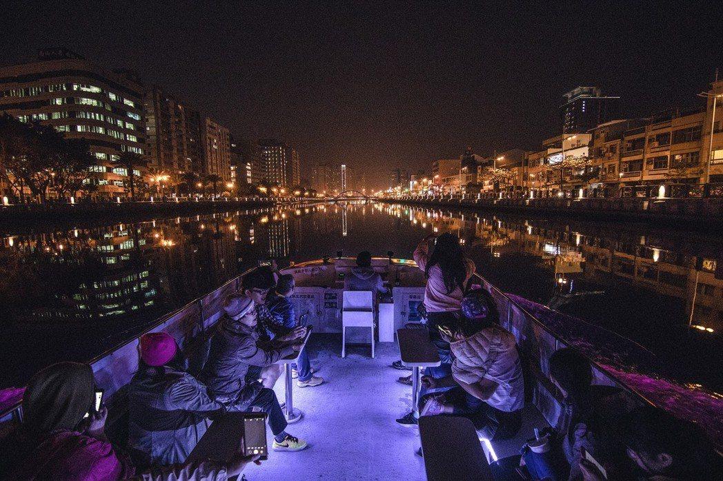台南大員皇冠假日酒店來說,擁有全台唯一安平運河遊船,從安平碼頭出發遊台南的行程。...