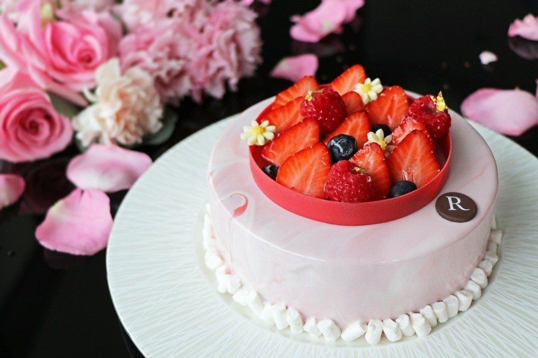 台北士林萬麗酒店 2019母親節蛋糕「莓麗佳人」,即日起接受預訂。台北士林萬麗酒...