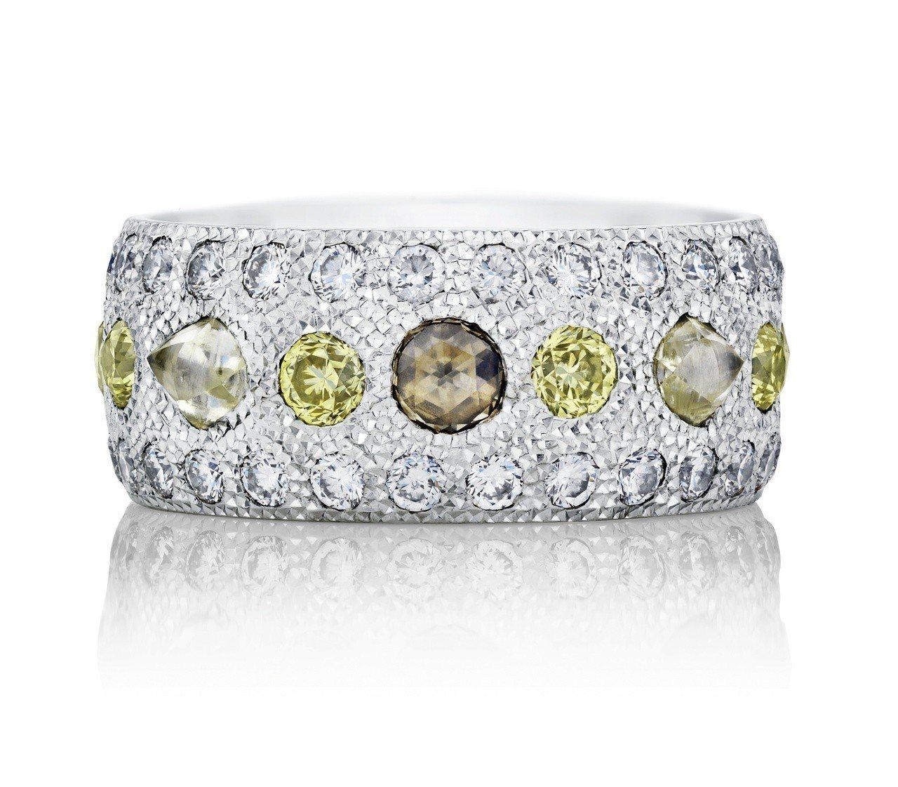 De Beers Talisman 18K白金全鑲鑽戒環,鑽石總重約2.15克拉...