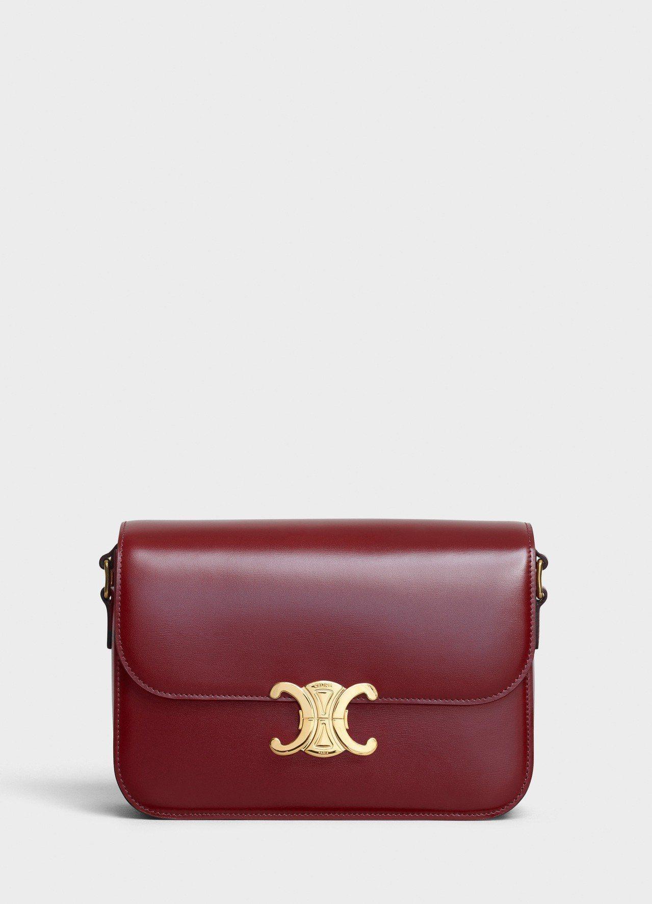 Triomphe淡酒紅光滑小牛皮中型肩背包,售價11萬5,000元。圖/CELI...
