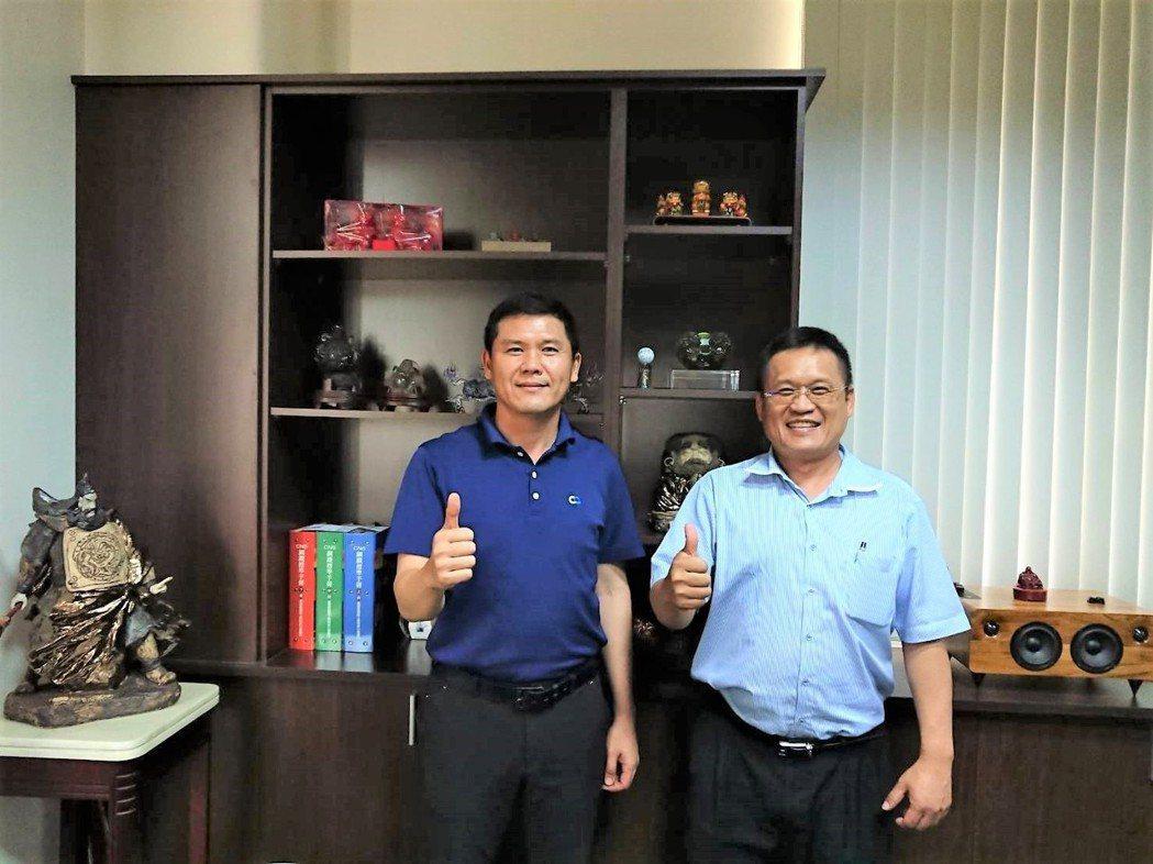 台灣浪板型鋼產業協會理事長林恒茂(左)與總幹事林青樺。莊智強/攝影