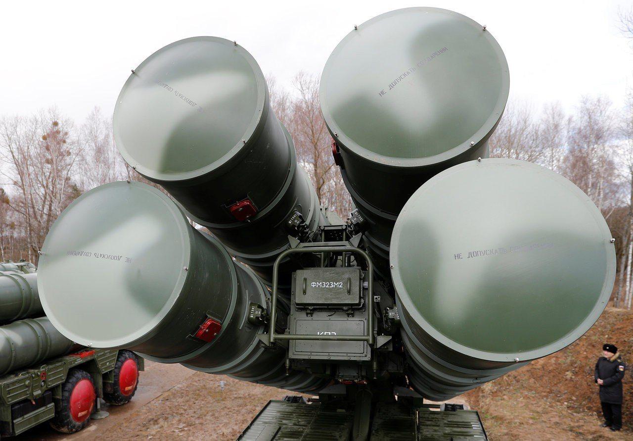圖為S-400飛彈防禦系統。 路透