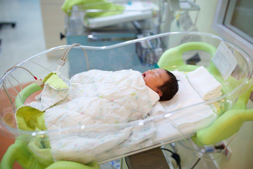 尚比亞一名護士稱聲過去曾因為「好玩」將5千名嬰孩調包。 圖片來源ingimage