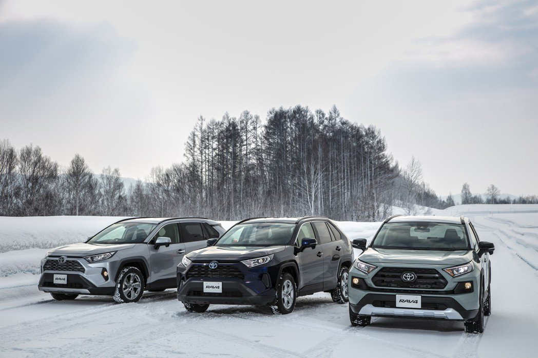 日規Toyota RAV4目前已正式於日本販售中。 摘自Toyota