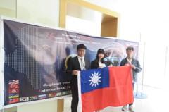 研究熊果酸抗胃癌細胞增生 台灣學生國際發光