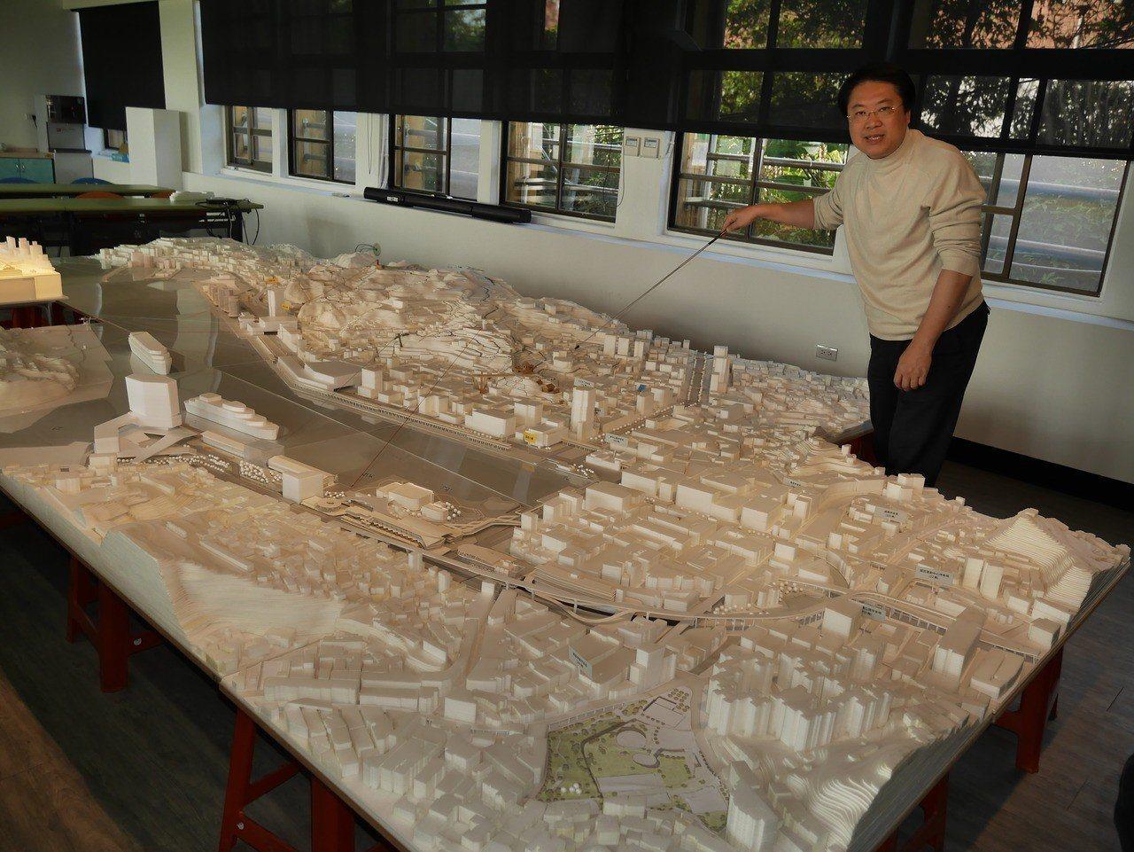基隆市政府將原太平國小打造為「設計與建築者之家」,明天有「基隆想像展」開展,邀請...