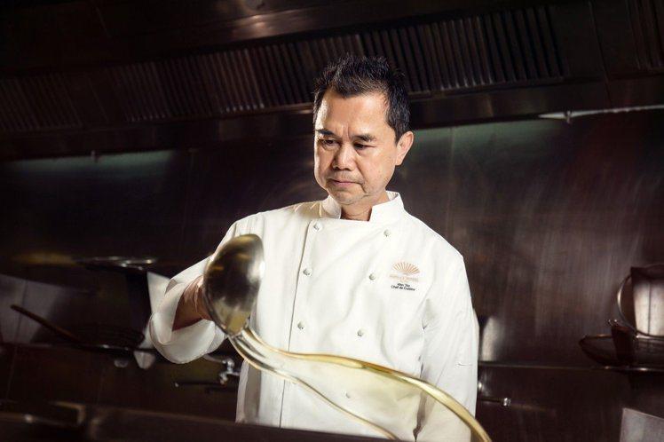 今年、去年都拿到台北米其林指南一星的雅閣主廚謝文,也是晚宴主廚之一。圖/台北文華...