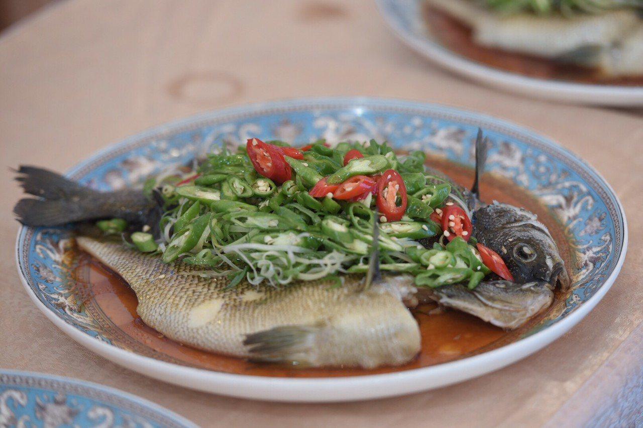花蓮立川漁場引入貴妃魚養殖10多年,曾獲選國宴指定食材。圖/縣府提供