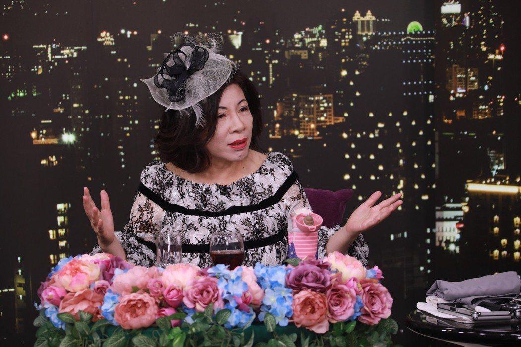 陳文茜在節目中談罹癌心境。圖/Yahoo TV提供
